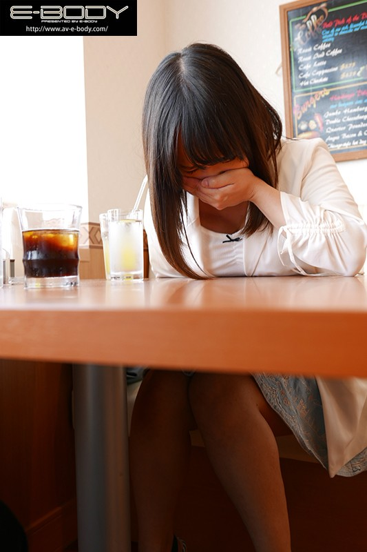 【DMM動画】-『地方で発掘したSEXの逸材!!いきなり痙攣!白目!失神! 素朴女子大生 音羽美玲』 画像10枚