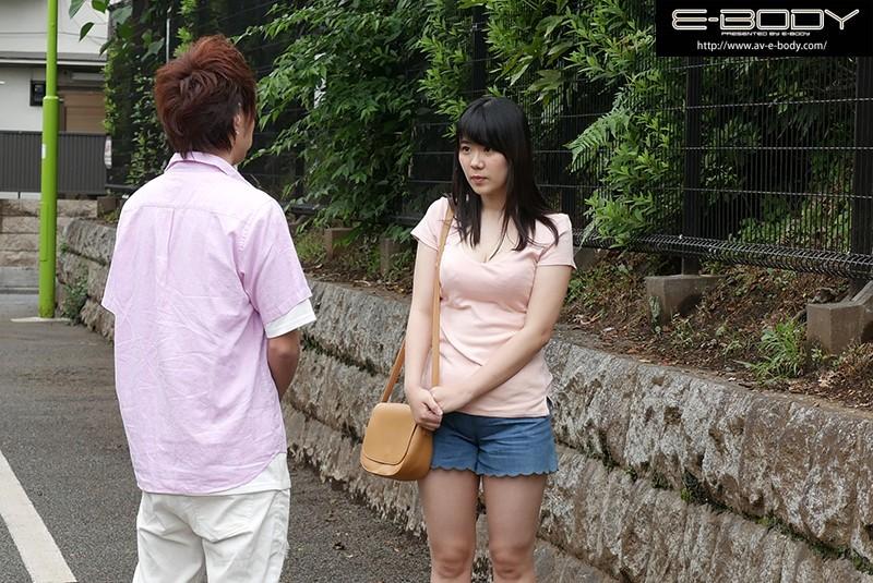 巨乳少女をプレハブ小屋に連れ込みハメまくってそのままAVデビュー! 浅井梨杏 画像10枚