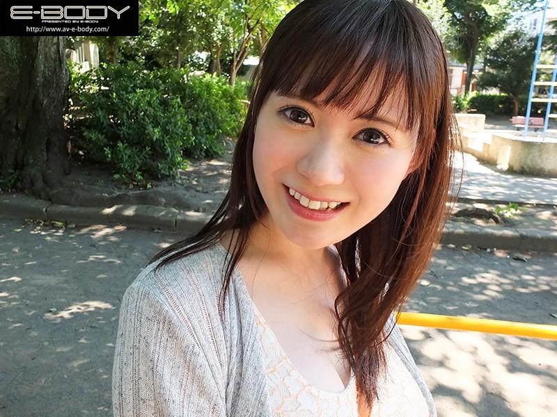 笑顔が素敵すぎる純白Gカップ美白美人ののか(22歳)さん AV出演 画像10枚