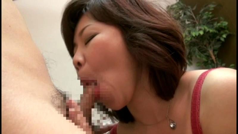 五十路の巨乳巨尻熟母 相姦遊戯 ~むっちり淫乱熟母はスケベな躰を見せびらかし、息子の股間を誘惑する。~ 沼田紗枝 の画像17