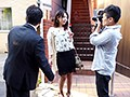 [EMEN-038] 熟女・人妻ナンパ「読者モデルになりませんか!」と誘って、人生初めての3Pと顔射でハメ倒す!