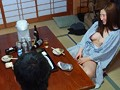 [GDTM-011] 出張先の温泉旅館で女上司と酒を飲んでいたらお説教に!次第に酔っ払ってきた女上司の浴衣が乱れノーブラ生爆乳が丸見え!当然、勃起してしまい…