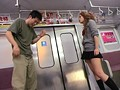 GAL Junkie 12 椿さりな 電車内で超ガラの悪い女子校生にカツアゲされました! サンプル画像2