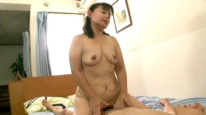 KBKD-1117磁力_ムッチリ豊満な僕の母さん 高崎千鶴_高崎千鶴