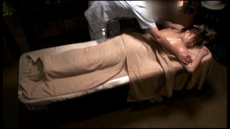 西麻布高級人妻 性感オイルマッサージ の画像6