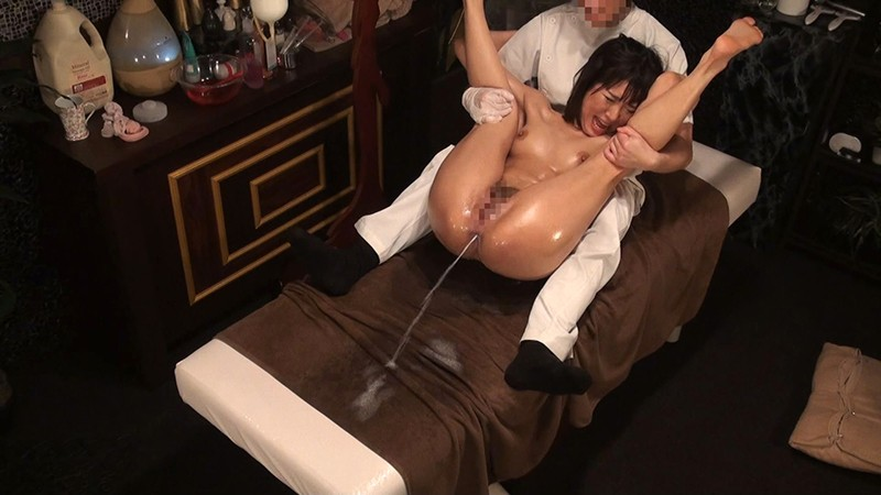 尻穴に媚薬入り浣腸液を注入 人妻アナル狂乱エステ 噴射しっぱなし!8時間SP の画像4