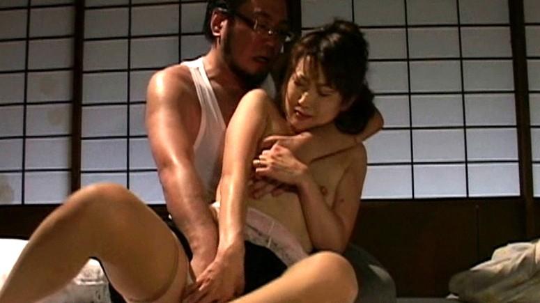 我慢できないアソコの疼き 熟女のおさね汁 山口玲子 生田沙織 の画像16