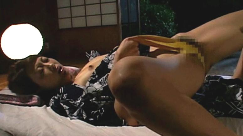 我慢できないアソコの疼き 熟女のおさね汁 山口玲子 生田沙織 の画像8