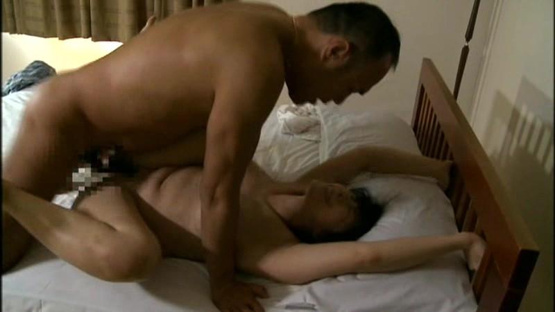 母性本能が強いむっちり結城 熟女のちんぐりアナル舐めがエロ