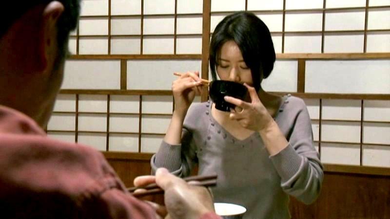 ヘンリー塚本 私、アレが大好きな絶倫男と再婚しました 40才主婦 三浦恵理子 辺見麻衣のサンプル画像8