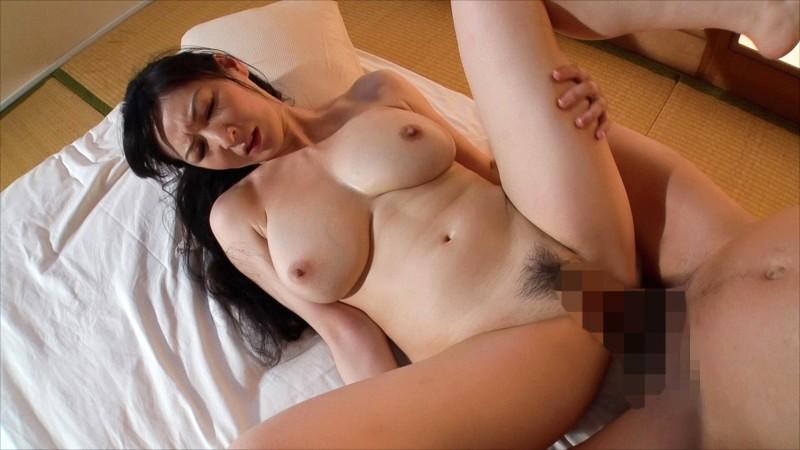 魅力の垂れ乳熟女8人 の画像16