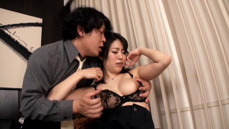 近親相姦 息子に性奴隷にされる義母 4 音無かおり の画像6