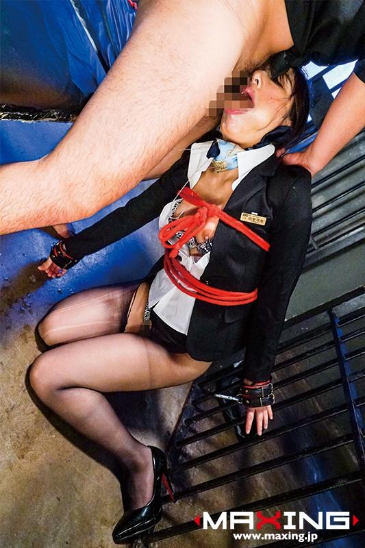 イラマチオ性奴☆隷 喉奥を徹底的に陵☆辱される美人キャビンアテンダント 由愛可奈 画像10枚