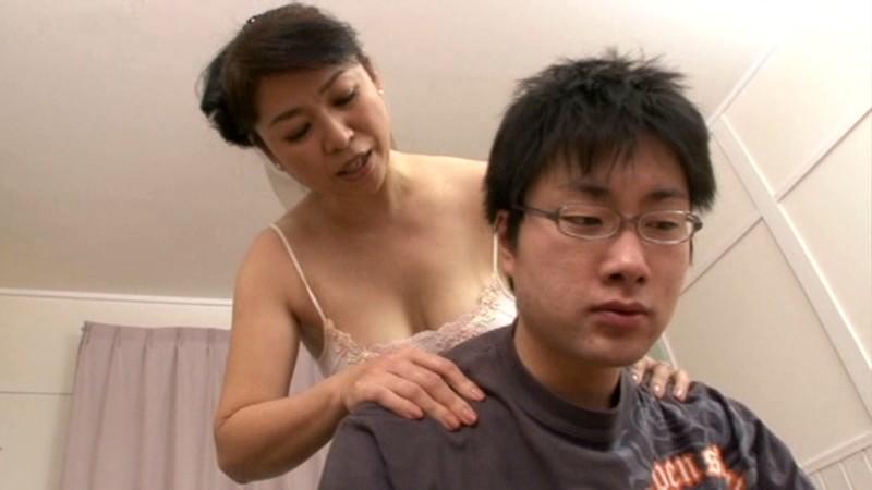 近親相姦 ふっくら母さんの泡とろ洗体中出し交尾 田村みゆき の画像10