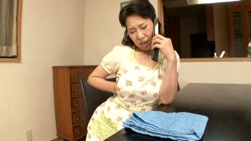 復活!!帰ってきた伝説の母 近親相姦 六十路母とのまぐわい 小澤喜美子 の画像6
