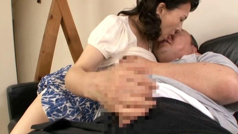 復活!!帰ってきた伝説の母 近親相姦 六十路母とのまぐわい 小澤喜美子 の画像9