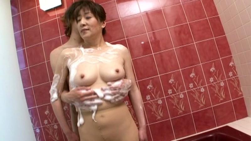 初撮り五十路妻ドキュメント 横峯美佐子 の画像12