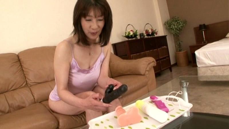 初撮り五十路妻ドキュメント 横峯美佐子 の画像9