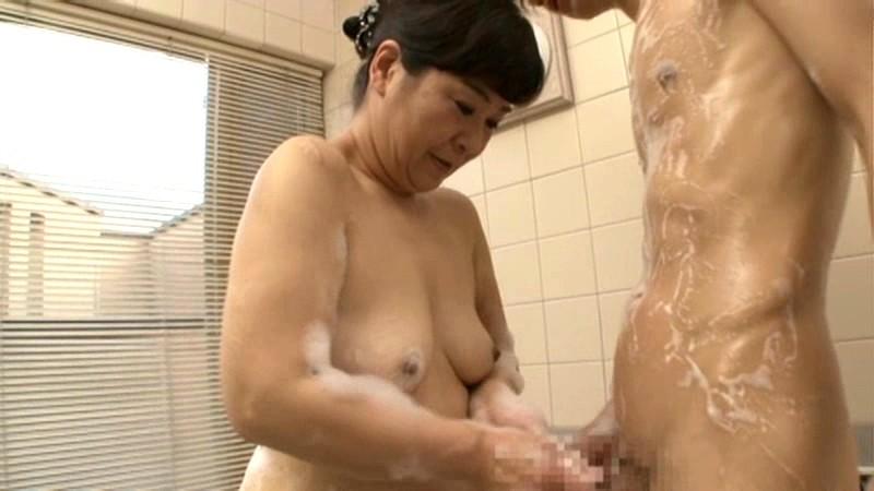 初撮り五十路妻ドキュメント 村松響子 の画像13