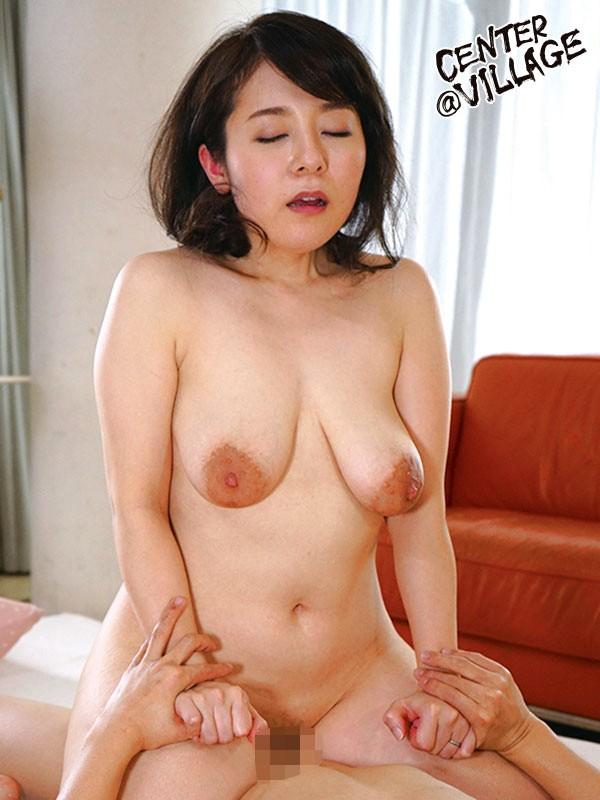 初撮り人妻ドキュメント 牧村彩香