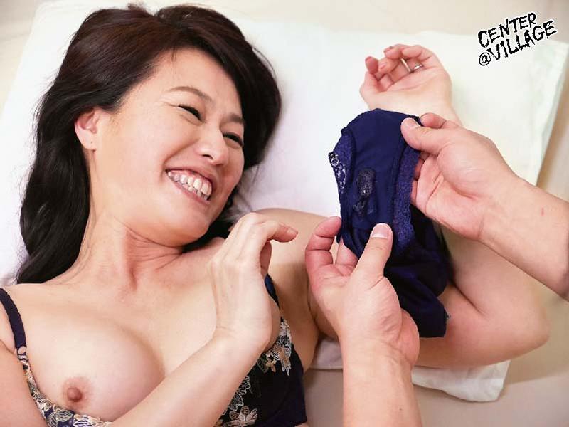 初撮り五十路妻ドキュメント 松下弥生 の画像8