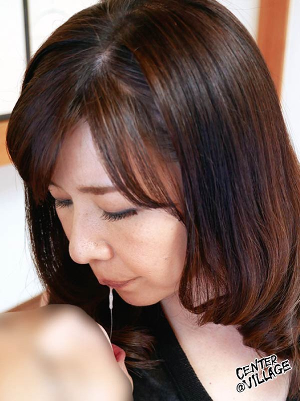 初撮り五十路妻ドキュメント 楠木登和子 の画像9