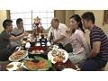 [ONGP-014] 親戚のおばさん外伝 親族一同の宴会中、絶対にバレてはいけない叔母と甥のWスワップ相姦!! 矢部寿恵 七海ひさ代