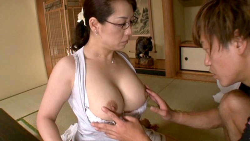 QIZZ-003磁力_おばさん家庭教師 ~お子さんの童貞卒業さ_愛矢峰子