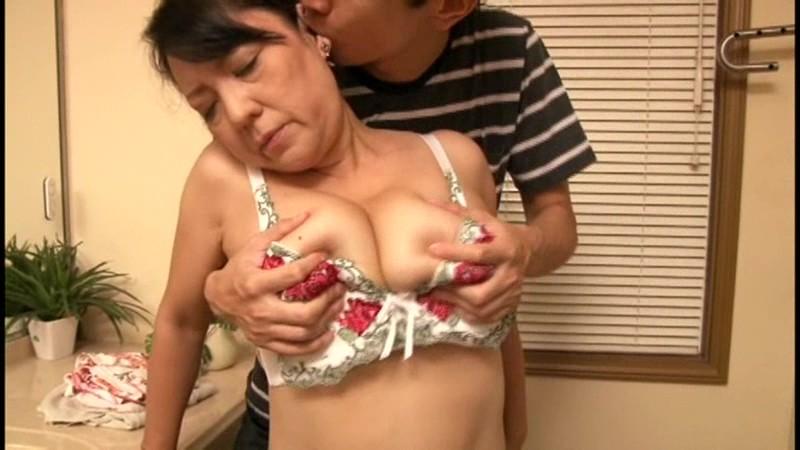 中出し近親相姦 母子熱愛 江島えみこ の画像7