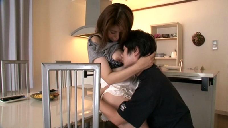 近親相姦 中出しを夢みた息子 小松崎和歌 の画像5