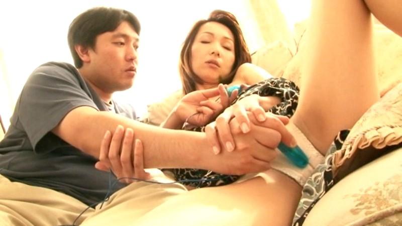 東浦良枝 彼女のお母さんがあまりにも積極的過ぎて、もう我慢出来ませんでした