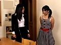 レズビアンエロス 熟女と娘のチ○ポと花びら 22