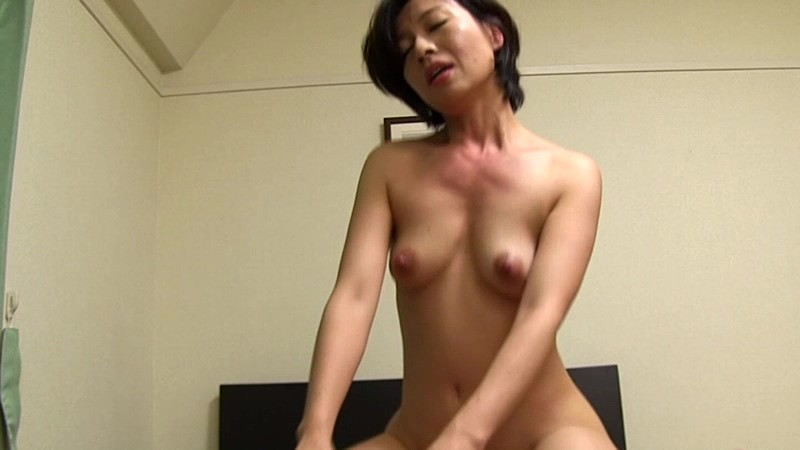 爆乳の痴女のBDSM系アダルト小早川怜子