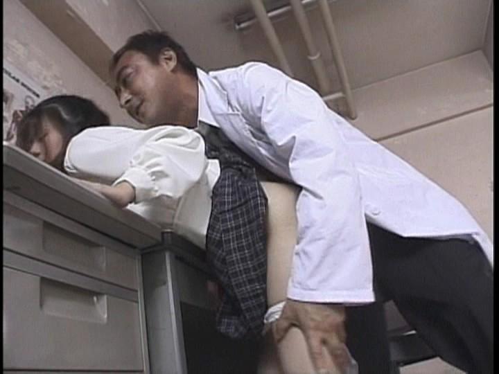 淫行女学園 生徒会選挙スペシャル 濡れたパンツをズラされブチ込まれた学級委員の陰謀 の画像4