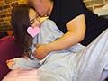 [HONB-055] 寝てる彼の横で彼女が