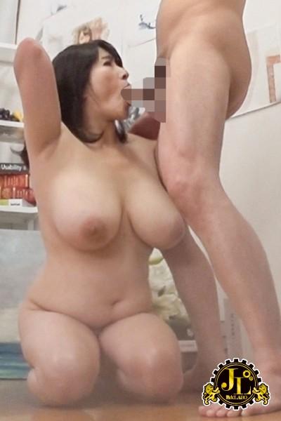 ヌードデッサンモデルの高額アルバイトでやってきた人妻さんに男根挿入して種付けSEXするビデオ17