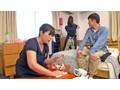 家事代行サービスでやってきたオバサンの性処理素股オプション 3 1