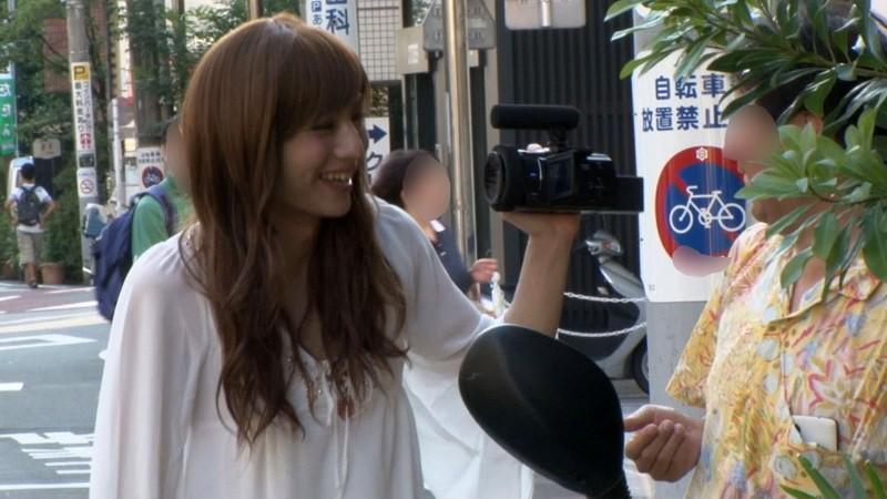 女の子より断然可愛い女装美少年が訳アリ街頭逆ナンパデビュー!!ひかるクン(仮名)20歳 の画像8