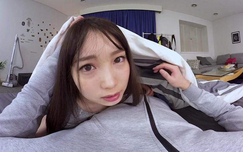 【VR】長尺VR 『神展開!』五反田駅で終電を逃した女子大生2人に「大丈夫ですか?」と声をかけたら、「朝までプラプラする」というので危ないから僕の家で始発まで…と連れて帰ったら思わぬ展開でハーレム状態でナマ中出ししちゃった俺。 の画像20