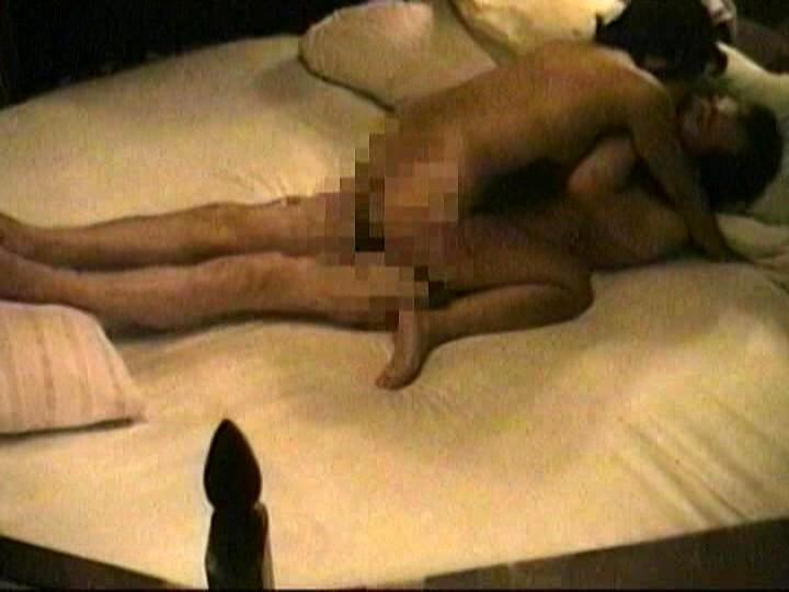 ラブホテル盗撮ドキュメント24時 従業員の立場を利用したマニアの映像記録 4時間