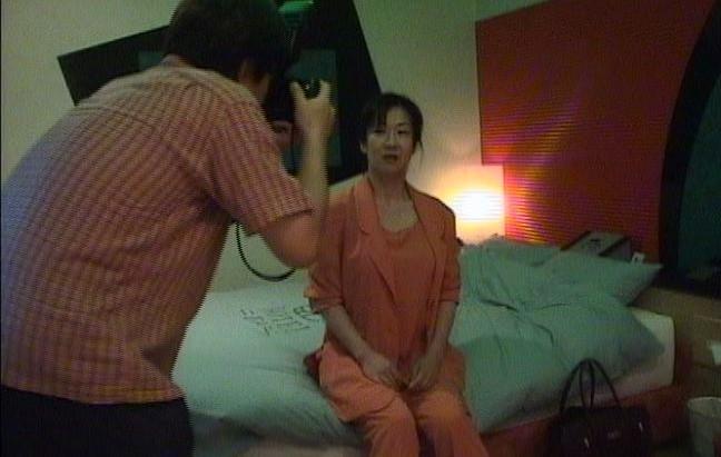 夫は見た!ラブホ不倫 恥辱の妻 の画像3