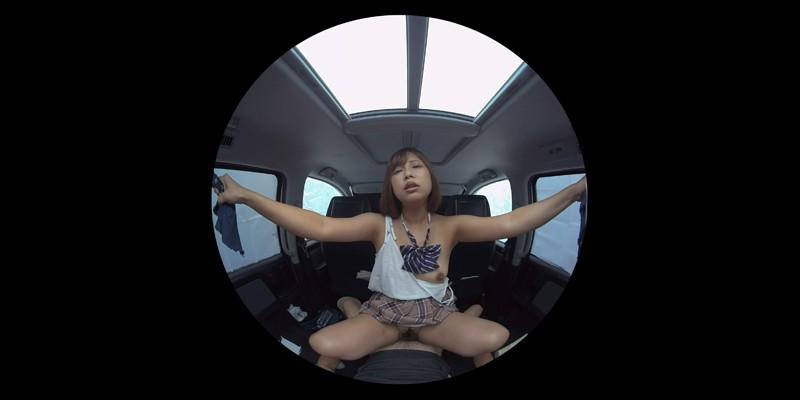 【VR】VR発情女子○生 クソ狭い車内でイヤラシイ身体を貪り合い肉食系カーセックスしまくりました 素人女子○生01ひなた-7