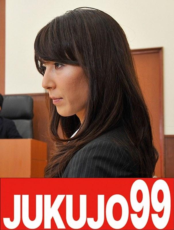 スレンダー美人人妻弁護士凌● 澤村レイコ 躰は素直にお漏らし編 ジャケット画像