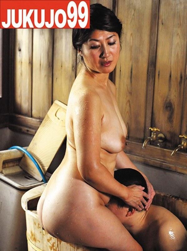 熟女のスマタ 藤沢芳恵50歳 パッケージ画像