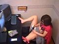 盗撮 女性専用ビデオBOXでオナニーする熟女たち の画像4