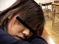 女子校生寝込み悪戯のサムネイル