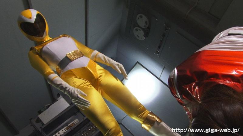 戦隊ヒロインふたなりハードレズアクメ洗脳 女司令官レクサスレッドとイエロー&ピンクのサンプル画像006