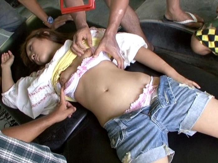 暴虐強姦アクメ 残酷・リアル・極致・凌辱 ここまでヤって良いのだろうか… の画像2