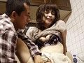 四十路母さんの甘い味 夫の寝ている前で… 神埼久美 7