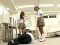 女子校生達の脚責め 37